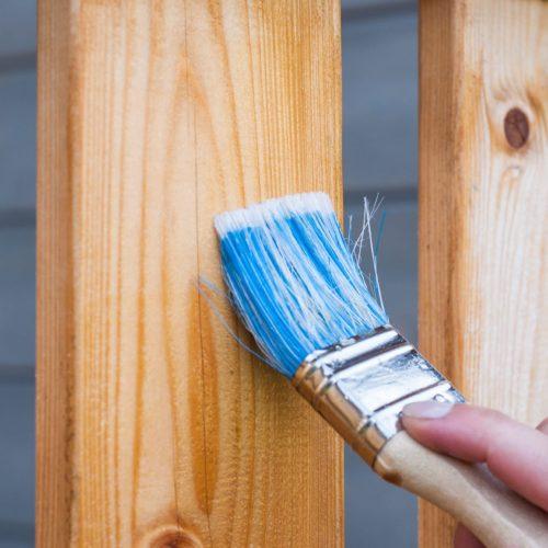 apply-blue-brush-carpentry-221027